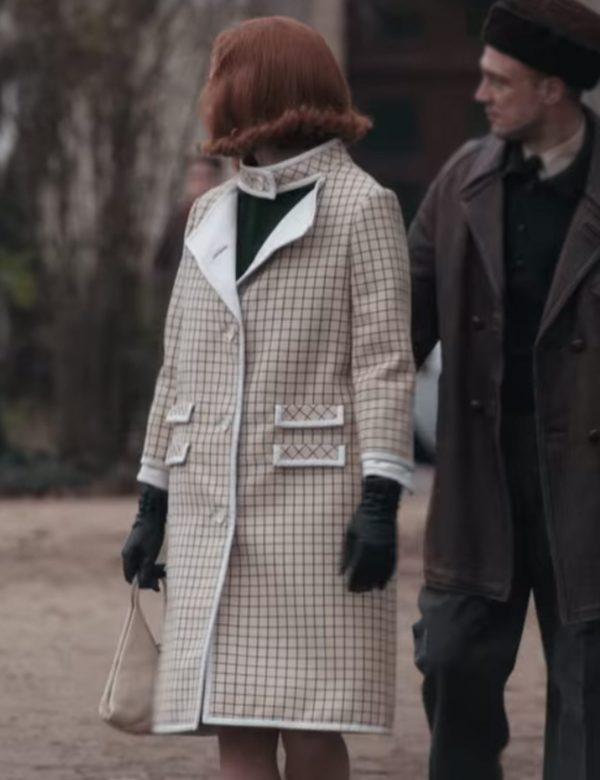 Beth Harmon coat Anya Taylor