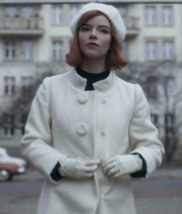 Beth Harmon The Queen's Gambit Anya Taylor Joy Trench White Coat
