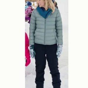 Julia Miller Amazing Winter Romance Jessy Schram Puffer Hooded Jacket