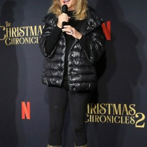 Mrs Claus The Christmas Chronicles 2 Goldie Hawn Premiere Puffer Jacket