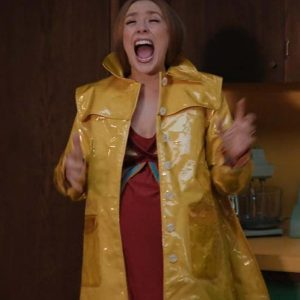 Wanda Maximoff TV Series WandaVision Elizabeth Olsen Yellow Coat