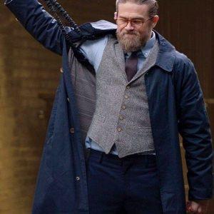 Charlie-Hunnam-The-Gentlemen-Blue-Coat