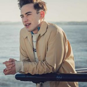 Ritchie Tozer TV Series It's a Sin 2021 Olly Alexander Beige Cotton Jacket