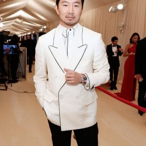 The-Met-Gala-Shang-Chi-White-Coat